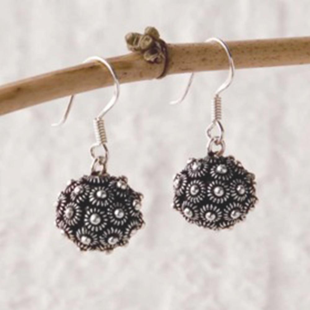 Dok pi-khune earrings