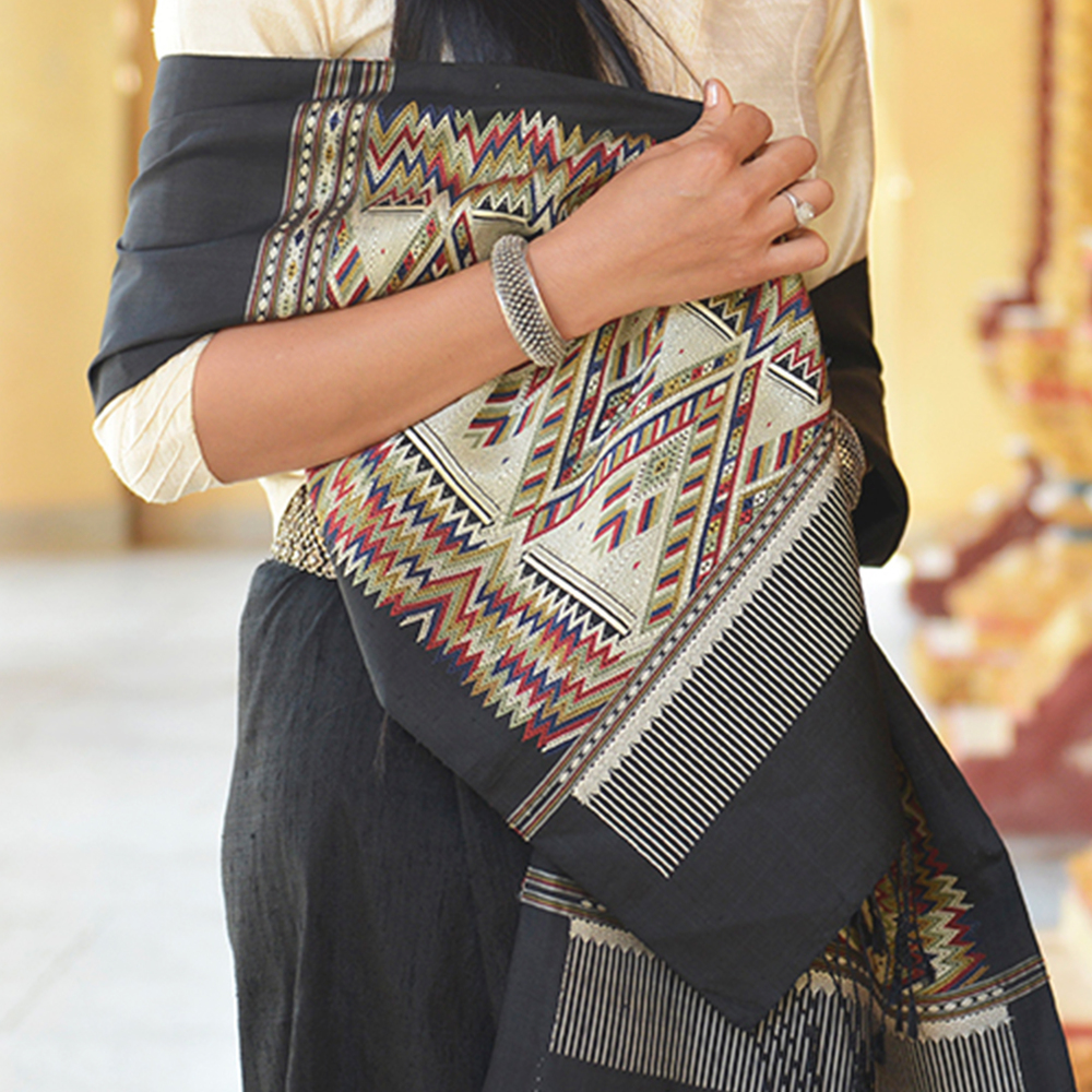 Heritage shawl