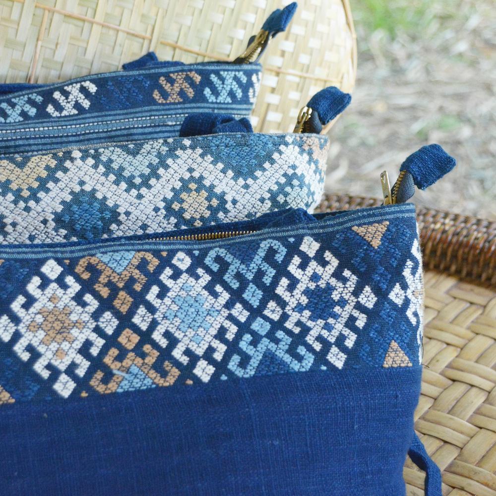 Sayaboury indigo purses