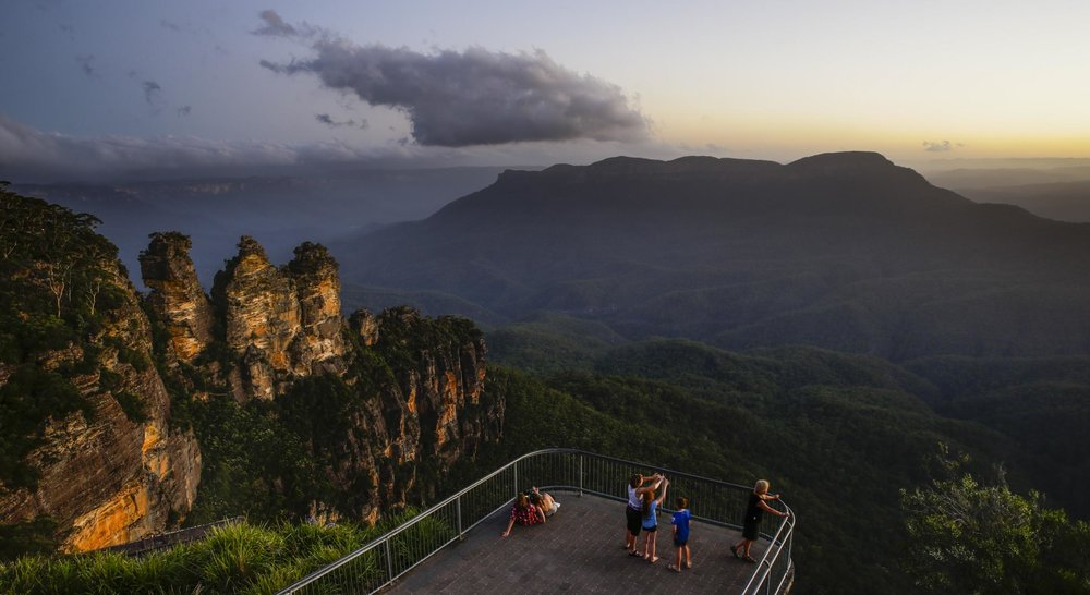Echo Point Katoomba.jpg