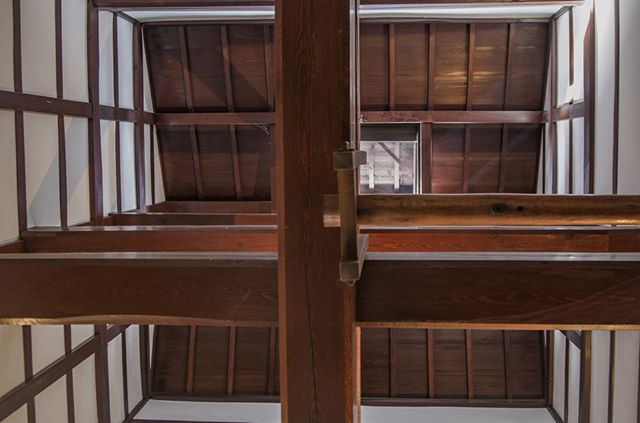 #house #ceiling #vintage #aesthetic #carpenter #japan #classic #TomSlemmons #photo