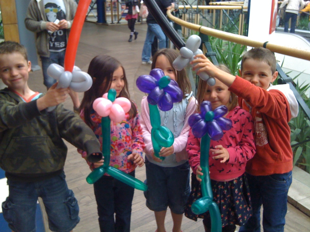 Mr_Bean-Balloon_Model_Kids.jpg