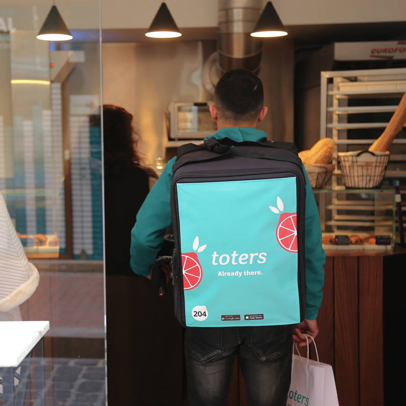 Delivering quickly and seamlessly - Ordering with Toters is completely streamlined through technology and a star service team, with real-time updates of your order as it makes its way from the store to your doorstep. Gone are the days of lost drivers and cold food.