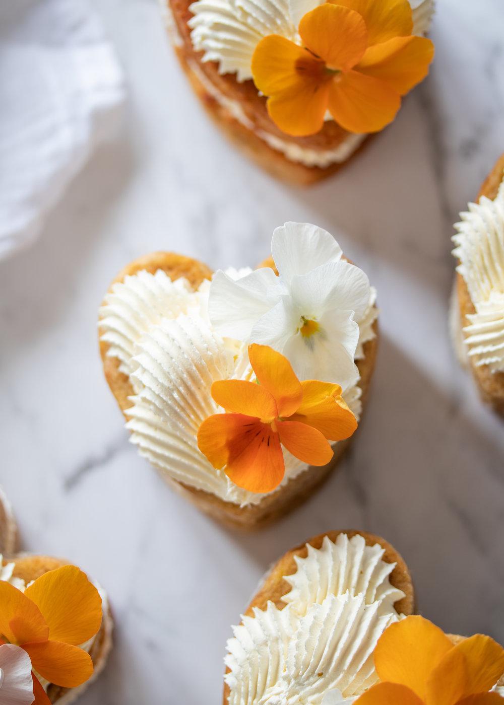 banana mini cakes.jpg