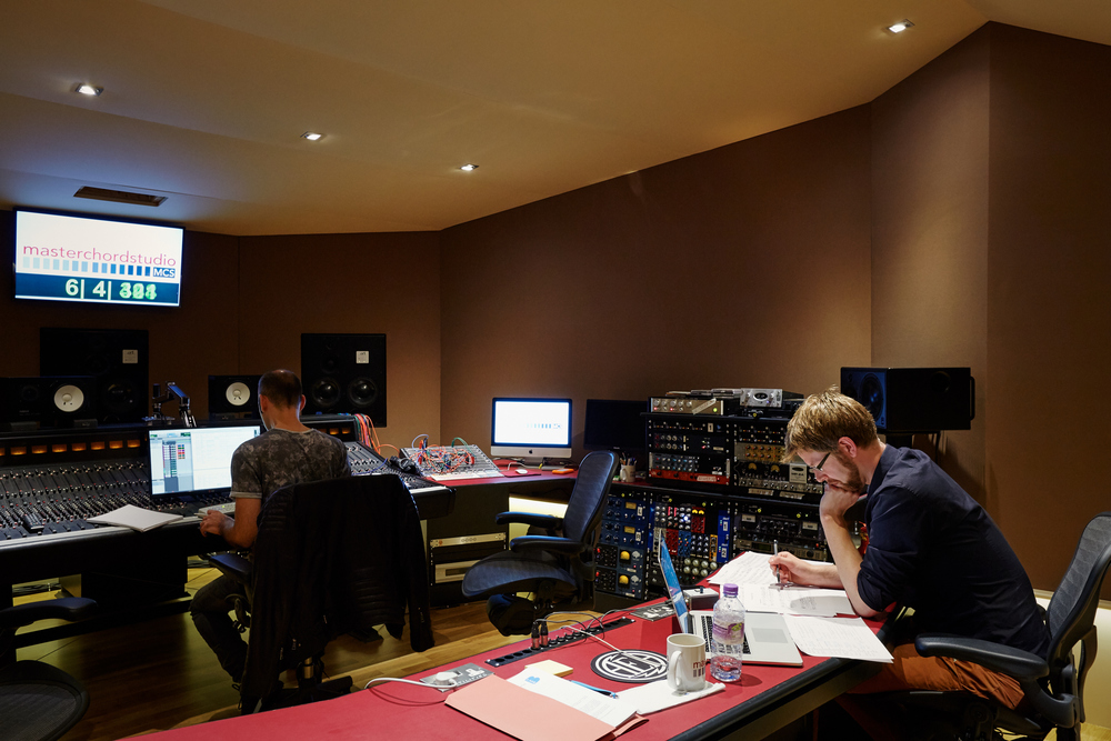 Ed recording the Mile End score. Photo by Emile Holba.