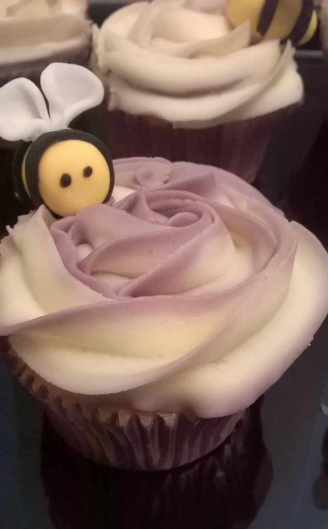 Bee-themed cupcakes