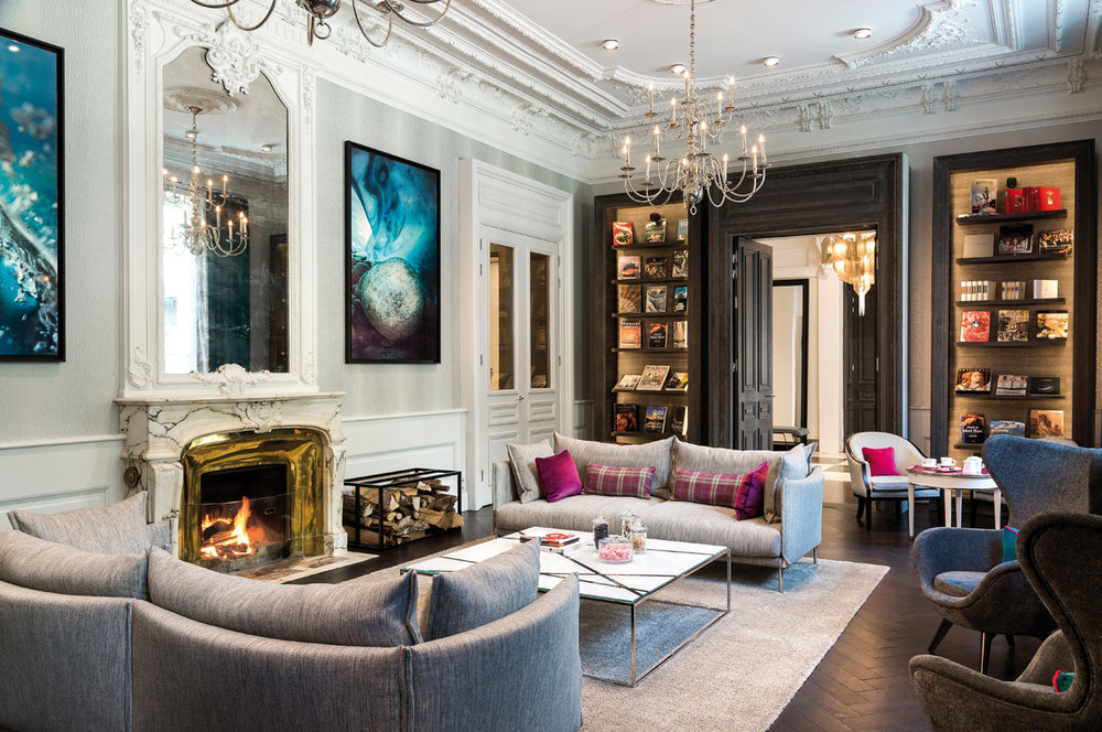 The sitting room at Hotel Mont Blanc