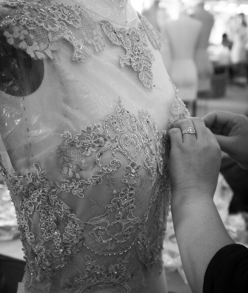 Lace layout on a fitted bridal gown