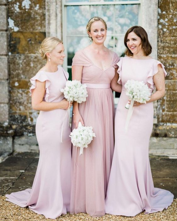 Emma's bridesmaids at the incredible Aynhoe Park - Photo  Stephanie Swann