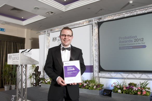 Gavin Pearce of Staffordshire & West Midlands Probation Trust (now SWMCRC) picking up the award for 'Innovation' in recognition of the e-learning solution developed by Traffic.