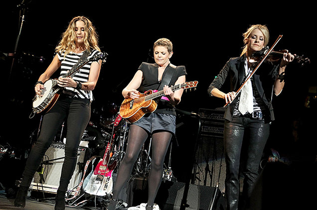 dixie-chicks-performance-2011-billboard-650.jpg