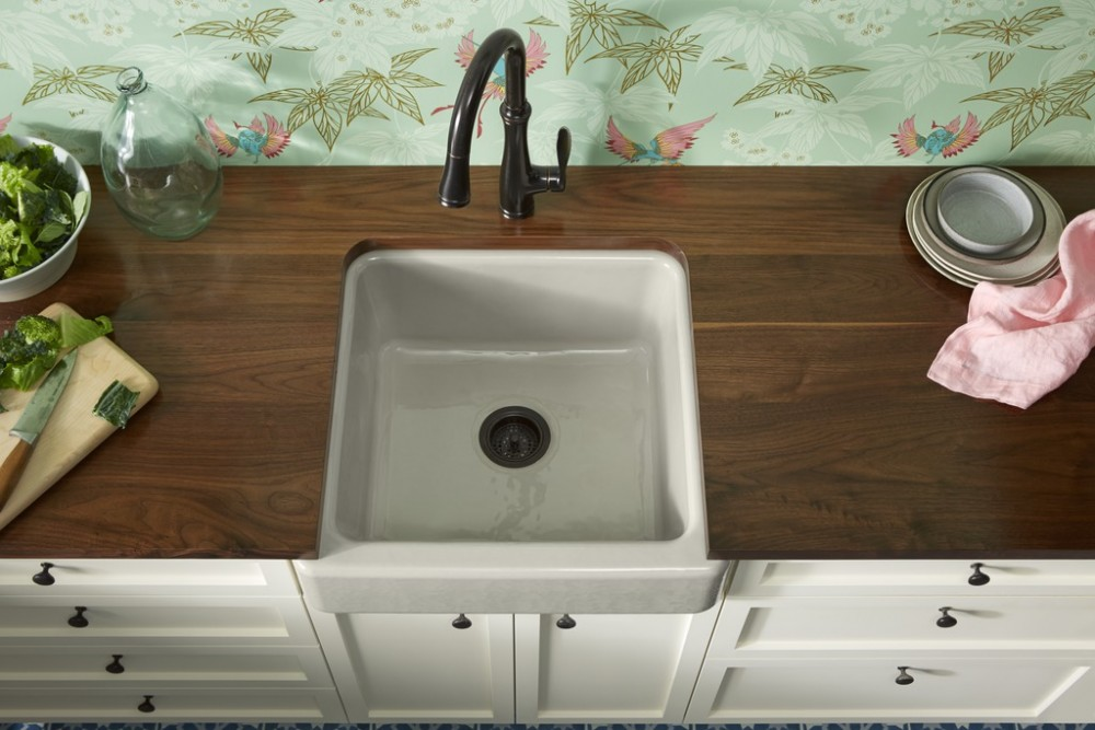 Bellera Kitchen Faucet 560, Whitehaven Sink 6489