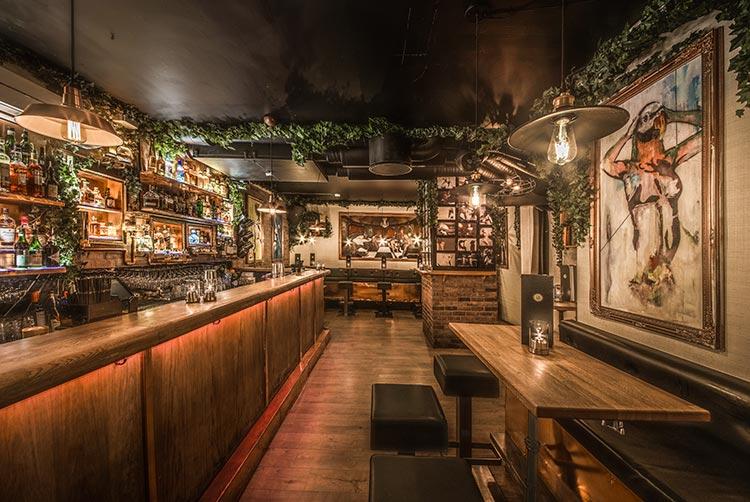 Velger du F6 som ditt festlokale, får du tilgang til egen bar som kun er tilgjengelig for gjestene.