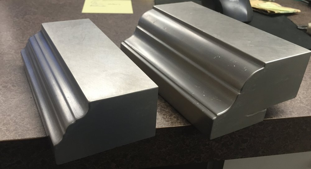 Cold Cast Edges for Commercial Bar Tops