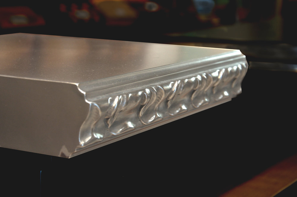 Acanthus Edge Profile in Zinc
