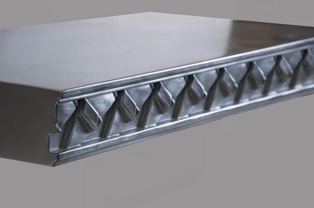 Bauhaus Style Edge Profile in Aluminum