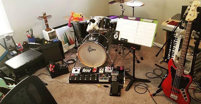 "BASS tracking today for ""This Town""  #bass #bassguitar #thump #morley  #templeaudio #wampler #malekko #boosh"