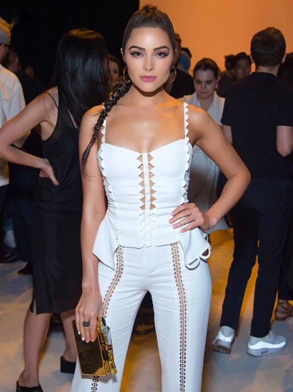 Olivia Culpo Fashion Week