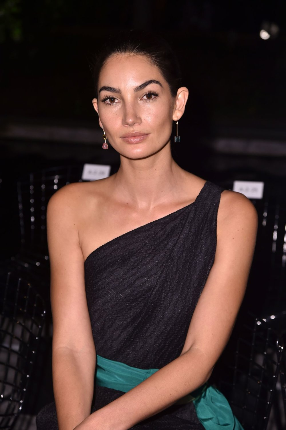 lily-aldridge-carolina-herrera-show-in-nyc-09-11-2017-3.jpg