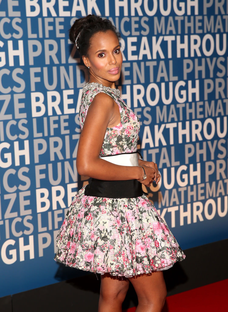 Kerry-Washington-2018-Breakthrough-Prize-Red-Carpet-Fashion-Giambattista-Valli-Couture-Tom-Lorenzo-Site-1.jpg