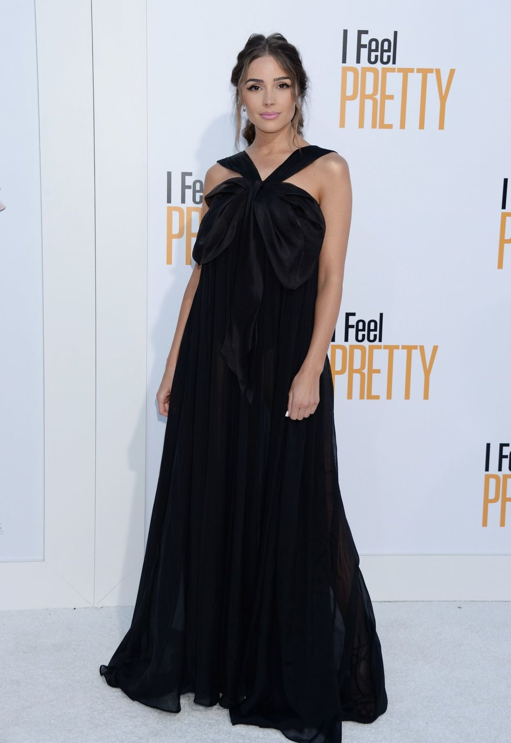 olivia-culpo-at-i-feel-pretty-premiere-in-los-angeles-10.jpg