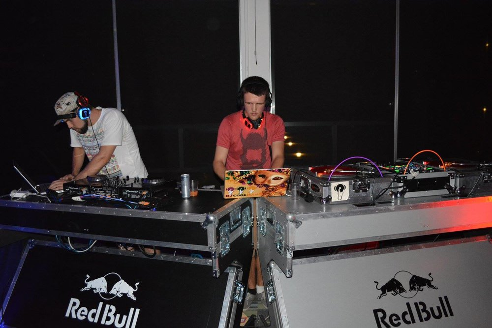 DJ CoolHand - Silent Disco Red Bull at Loyola University