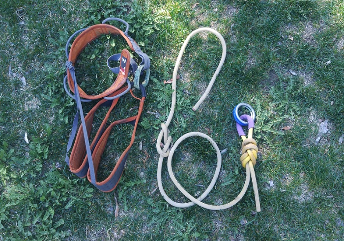 Highline leash, rings and climbing harness.