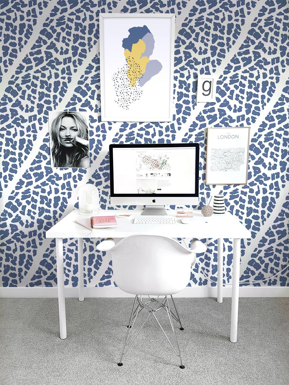 Tina_Roach_OutsideIn_Desk.jpg