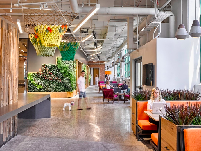 Gensler has designed the new offices of e-commerce company Etsy, located in Brooklyn, New York City