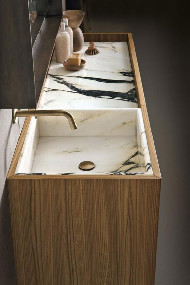 -	Modern bathroom by Altamarea Bathroom Boutique
