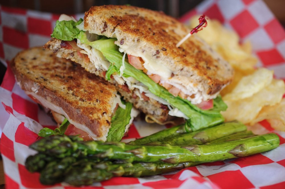 Friske Orchard's Farm Market Club sandwich in Atwood (Charlevoix), Northern Michigan