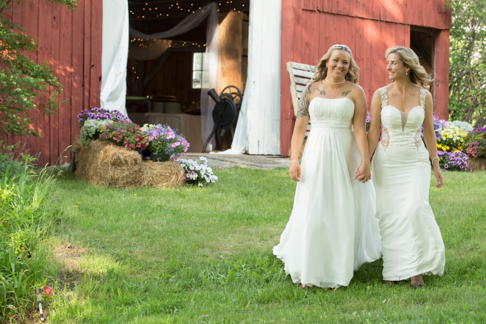 FairbanksFarm_Wedding_Jill&Lori_0019.jpg