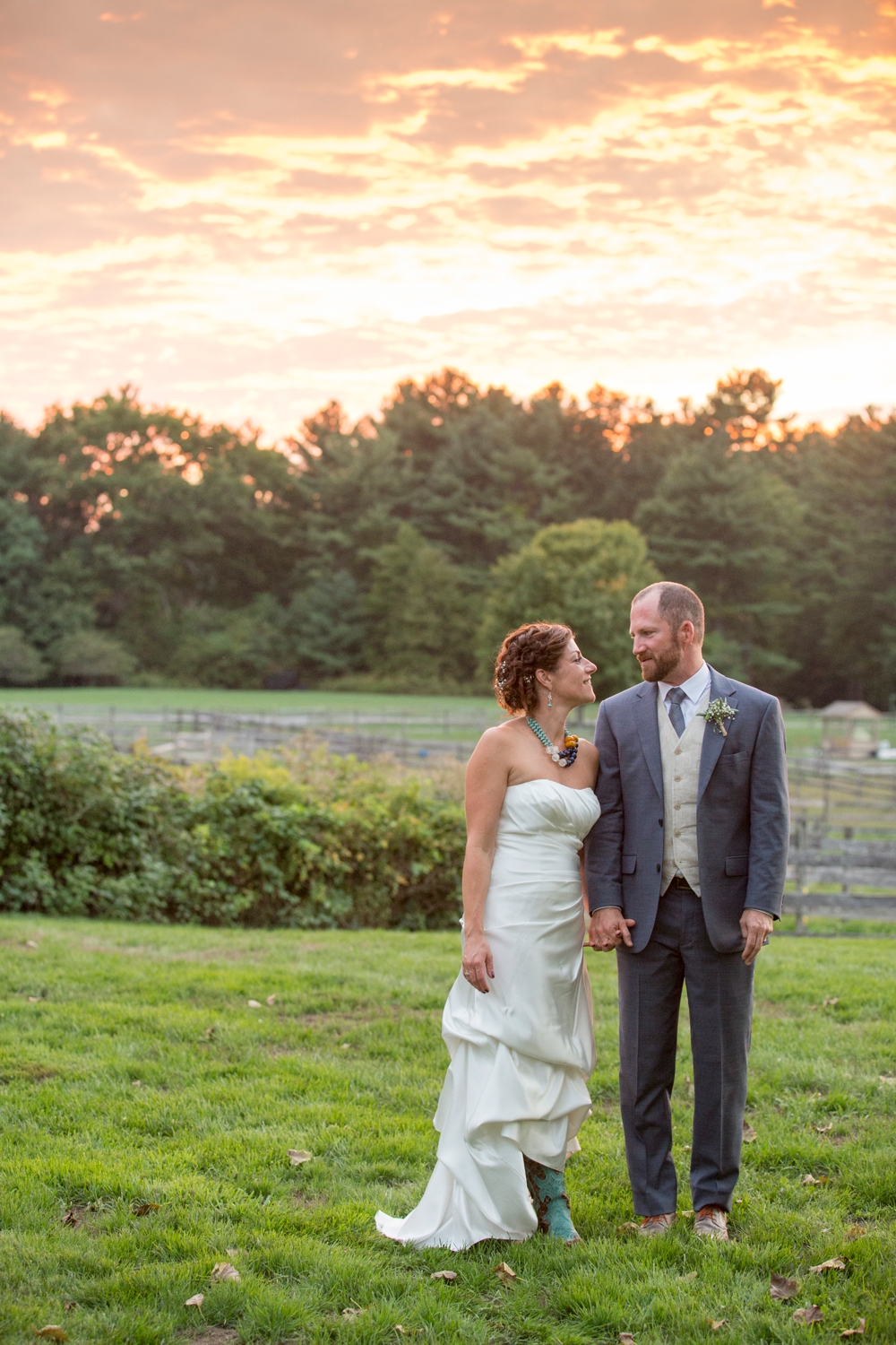 BearSpotFarm_Wedding_Nikki&Alex_0014.jpg