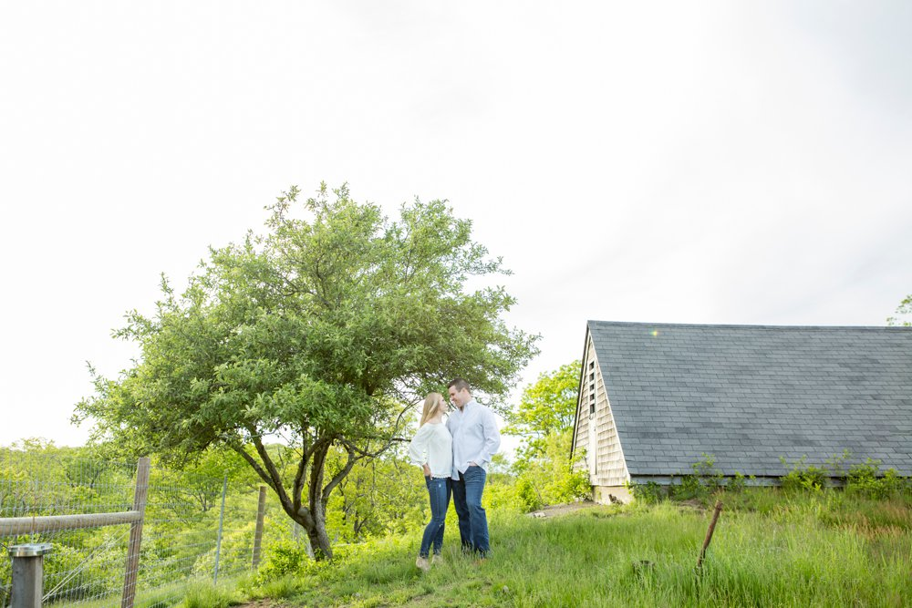 SomerbyJonesPhotography_WrightLockeFarm_Engagement_0014.jpg