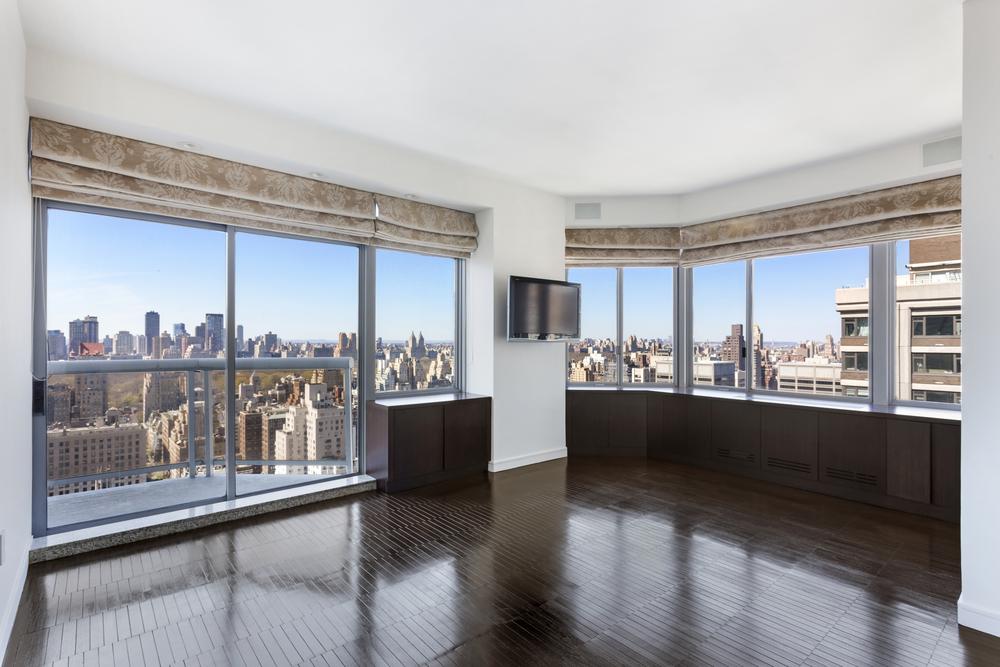 188 East 64th Street Living Room