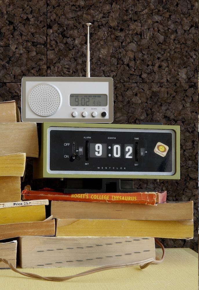 clock-radio.jpg
