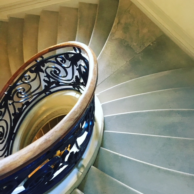 Elliptical staircase with fishtail stairs - unbelievable craftsmanship.