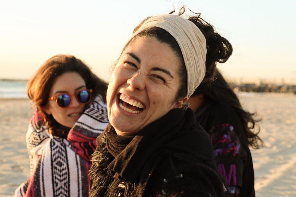 Esta foto sin filtros me encanta porque así es como me gusta verme y sentirme: sonriente, tranquila y confiada, la captó mi buen amigo, parte de mi manada, Andres Henao.