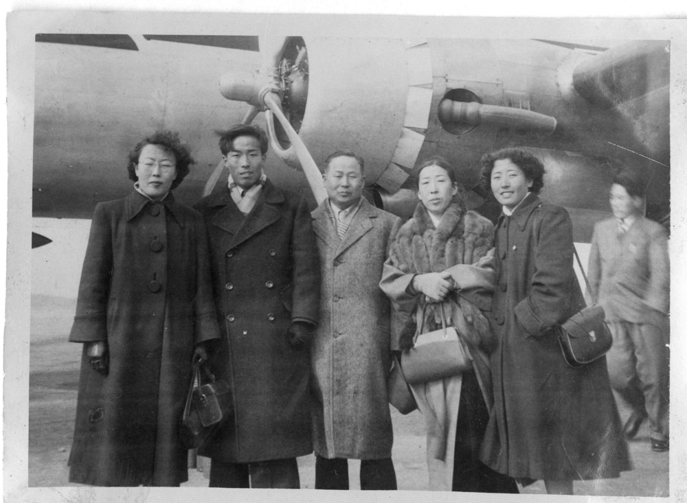 With his family, on his departure date from Seoul, 1955