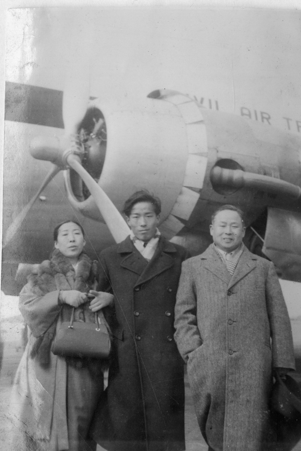 With his parents, on his departure date from Seoul, 1955