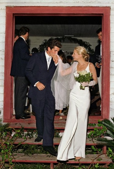 Rodriguez designed this simple matte silk-crepe gown for his good friend, Carolyn Bessette's, wedding.
