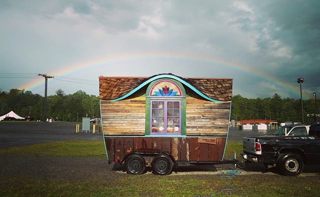 Nice photo @uncle.mud ! ...thanks for including us in an inspiring event @motherearthnewsfair !