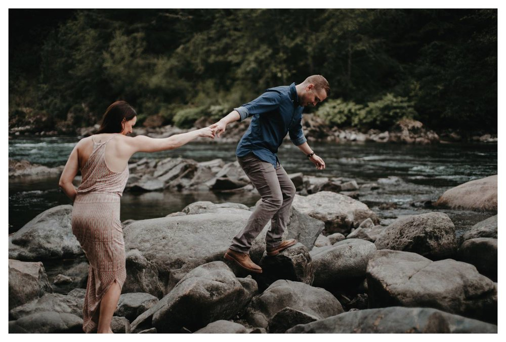 Snoqualmie_Engagement_The_Singlers_SinglerPhotography__0005.jpg