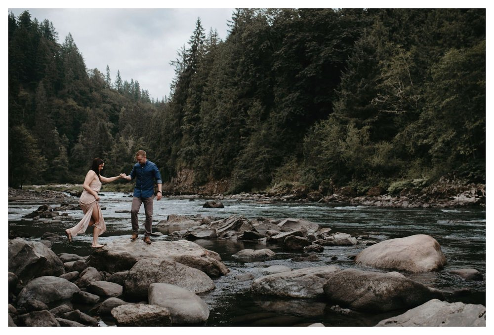 Snoqualmie_Engagement_The_Singlers_SinglerPhotography__0006.jpg