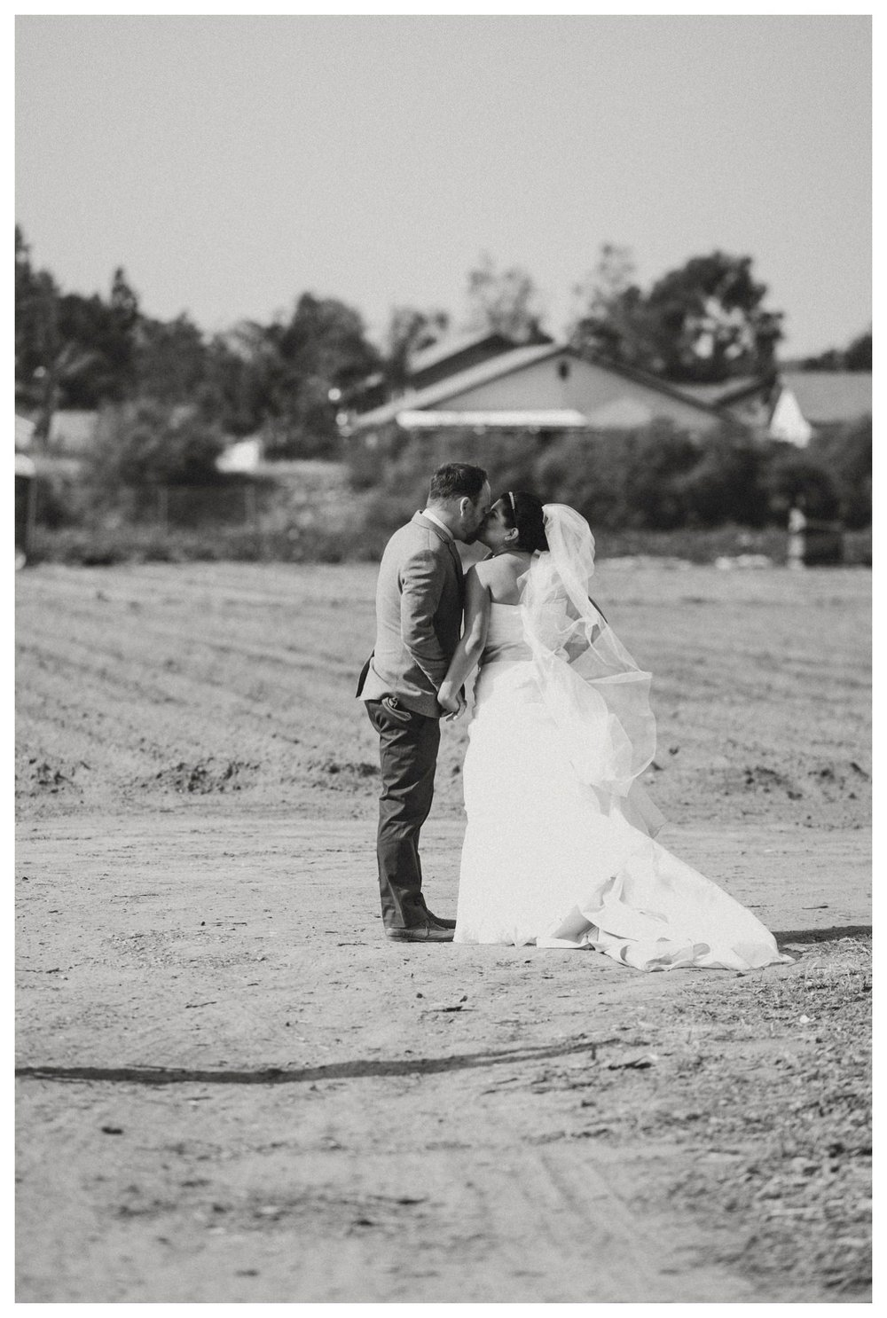 Suzies_Farm_Wedding_SinglerPhotography_TheSinglers_0028.jpg
