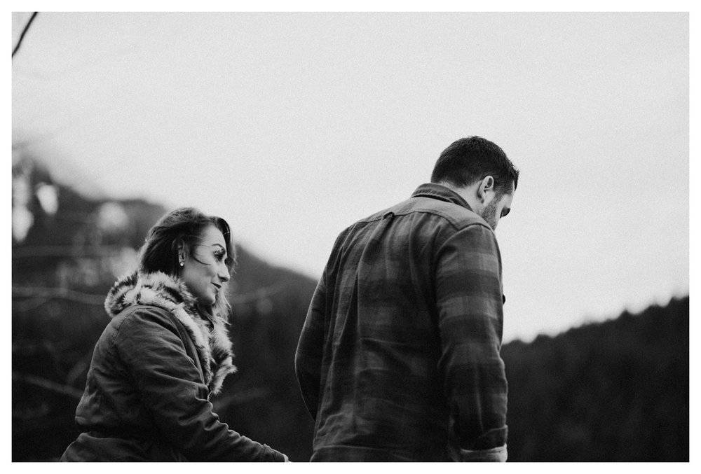 Snoqualmie_Pass_Engagement_Seattle_Wedding_Photographer_0030.jpg