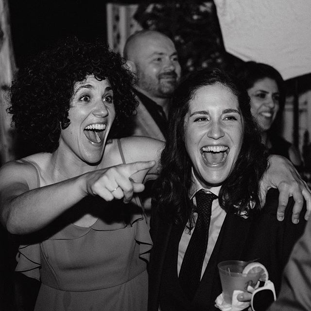 """""""Ohhhhhhh, I want to dance with somebody""""'Me too, Whitney, me too.  I LOVE TO DANCE (that could possibly be an understatement) and there's nothing better than a crazy dance party that comes at the end of a full, busy wedding day. All of our couples know how ridiculous we get on the dance floor...watch out 2019...we've been working on some new moves.#tiffpost . . . . . #sandiegowedding #sandiegoweddingphotographer #sandiegophotographer #junebugweddings #photobugcommunity #theknot #weddingphotoinspiration #100layercake #shesaidyes #lookslikefilmweddings #blackandwhiteisworththefight"""