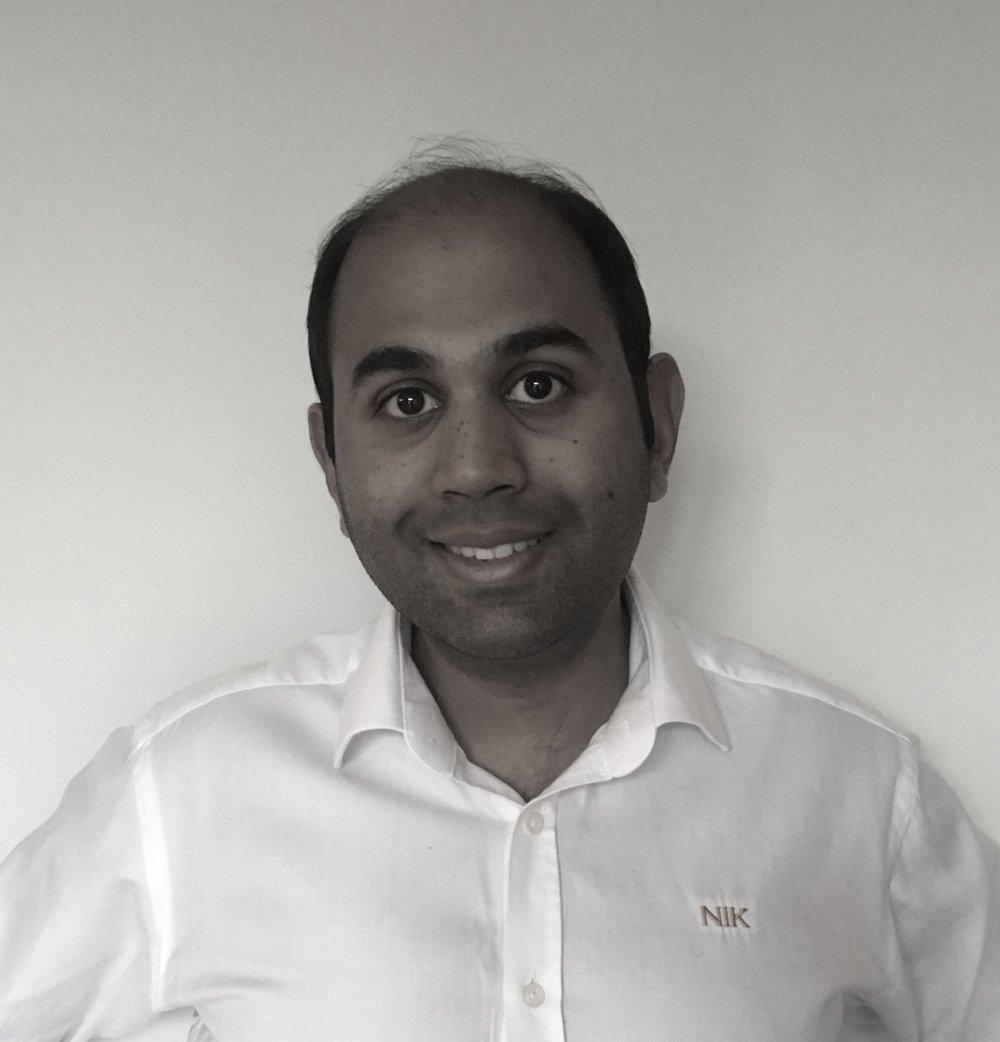 Dr Nikhil Amin, BDS  University of Bristol GDC No: 151494