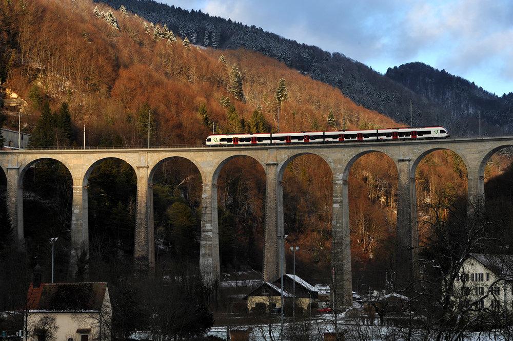 Viadotto ferroviario di St. Ursanne, Saint Ursanne, Svizzera