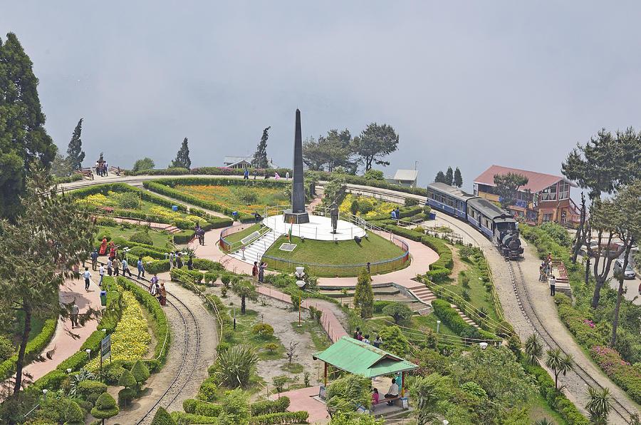 Il Batasia Loop,Darjeeling Himalayan Railway, Bengala occidentale.